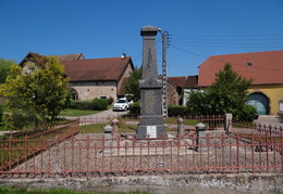 Monument aux morts de Moffans (70)
