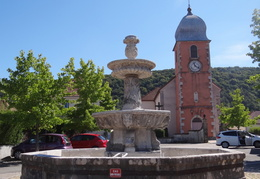Fontaine à Mathay (25)