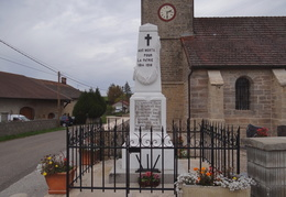 Monument aux morts de Molain (39)